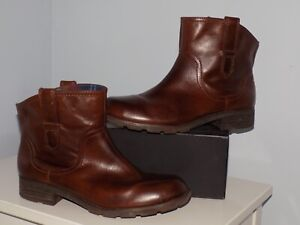 CLARKS ORINOCO CLUB BOOTS ~ SIZE 7.5  WIDE FIT~ BROWN POLISHED LEATHER