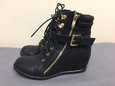 TOP MODA Women Wedge Heels  Ankle fashion black man made materials Boots  SZ 5.5