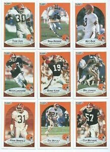 CLEVELAND BROWNS x 12 Fleer 1990 NFL American Football Trading Cards