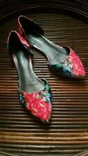 Breckelles d'Orsay Poointy Toe Flat Floral Women's size 7 EUC