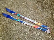 Ancien skis ROSSIGNOL vintage modèle nus sans fixation 128cm neuf mais abîmés