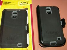 Otterbox Defender case w holster for Samsung Galaxy S II Skyrocket, Black & Gray