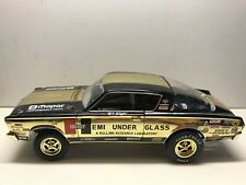 """HIGHWAY 61 1966 BARRACUDA GOLD PLATED SPECIAL EDITION 1:18 # 50704G """" read """""""