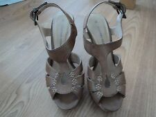 "DOROTHY PERKINS LEATHER PLATFORM SANDALS SIZE 3 APPROX. 5"" HIGH"