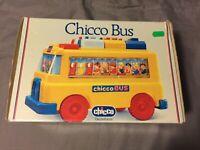 Vintage Chicco Bus mit 11 Koffern - Zahlen-Bus / Zahlen lernen - ab 24 Monaten
