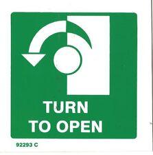 GIRA a sinistra per aprire SIGN SEGNO USCITA PLASTICA RIGIDA 100x100mm