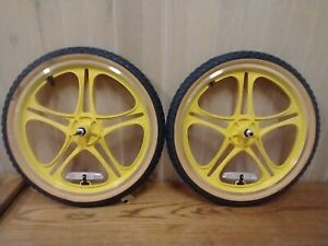 Stranger Things Mongoose replica sealed BMX Wheels wheelset mags with Tires