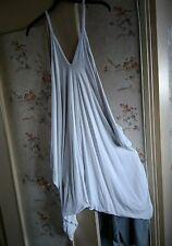 Superbe combi-sarouel indispensable de la garde robe!!!🍇