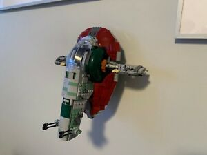 Ultimate Display Solutions wall mount for Lego 75243 20th anniversary Slave 1