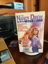 1986 The Nancy Drew Files Gift Set #1 5 Books To A Set. KL
