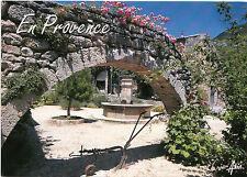 BF13810 une fontaine d un village de provence france  front/back image