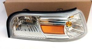 06-10 Mercury Grand Marquis right passenger Side Marker Turn Signal Lamp new OEM