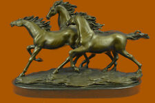 Lifelike bronze sculpture Grassland three horse Flying Art Deco Statue Decorativ