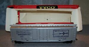 TYCO MANTUA E AND H MODEL HOBBIES PROMOTIONAL BOX CAR RED BOX ERA