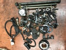 2004 YAMAHA YZF R6 Assorted hardware and parts