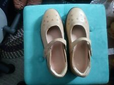"""Dr Comfort Shoes Sz. 9.5 W-Mary Janes  """"Sunshine""""Arch Support LightGold Leather"""