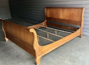 ETHAN ALLEN Legacy King Sleigh bed, Gorgeous Country French Design
