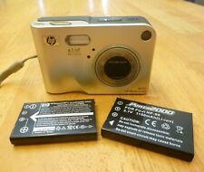 HP PhotoSmart R507 4.2 MP Digital Camera - Silver / 2 rechargeable batteries