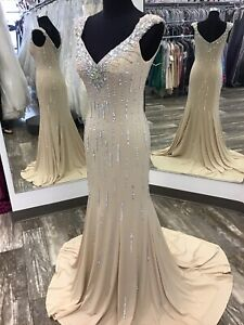 NEW Johnathan Kayne 519 Prom Pageant Gala Long Gown Champagne Size 8