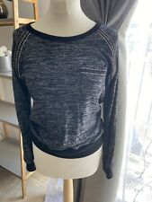 Womens Top Size M/L Gray Black Long Sleeve Round Neck With Perls