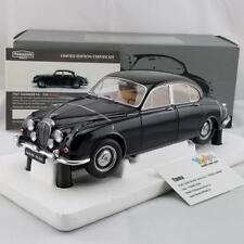 Paragon 1/18 1967 Daimler 250 V8 Green (Lhd) Pa-98311L