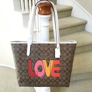 New Coach Love Signature City Tote Bag C2810