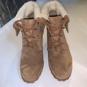 NAUTICA Women's Lace Up Booties Round Tan Wedge Fur Toe Boot Size 9.5