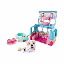 Chubby Puppies & Friends - Vacation Camper Playset - Jack Russell Terrier