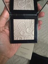 Burberry Runway Nude Gold Glow 02 Highlighter BRAND NEW LIMITED EDITION