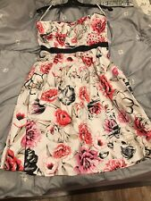 White House Black Market Size 4 Floral Pink Strapless Dress