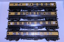 00 Gauge Triang Hornby GWR Coaches x 4