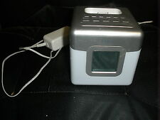 iHome iP18W Color-Changing Alarm Clock Speaker for iPod & iPhone 3Gs 4 4s