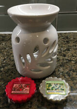 Yankee Candle Porcelain Tealight Candle Warmer w/ 2 Scents Gingerbread  Bayberry