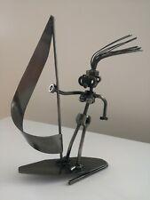 Arte del metal Tuercas & Pernos surfista Escultura Estatua. buen Estado