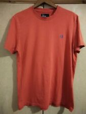 FRED PERRY CLASSIC RED EMBROIDERED LOGO T SHIRT - SIZE MEDIUM