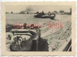 MD573 Foto Wehrmacht Panzer Panther sdkfz 251 Russland Front Einsatz im Gefecht