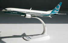 Boeing House Color - 737 MAX 9 - 1:200 Herpa Snap-Fit 611824 Modell B737-9 B737