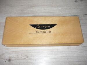Screwpull Sommelier Wine Bottle Kit in Beech Presentation box
