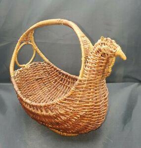 "VTG Chicken Basket Woven Wicker Country Farmhouse 8"" x 8"" x 6"""