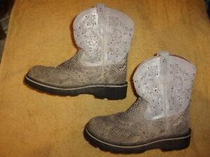 Ariat FAT BABY WESTERN COWBOY Boots WOMEN'S SIZE: 8 B