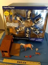 NewRay Ultimate Dairy Parlor Playset& 1/18 Milk Cows Herd + Horse,Stable, cats +