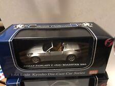 Nissan 370z z34 fair lady Z nismo Weiss a partir de 2008 1//43 Kyosho modelo coche con Oda...