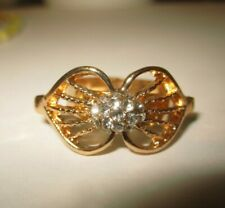 toller Ring   vergoldet   filigrane Front   weiße Steine     Gr 54-offen