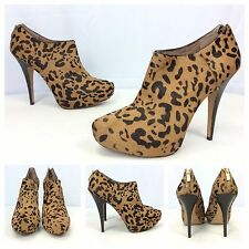 Vince Camuto NEW Sexy Elvin Winter Leopard Calf Hair Ankle Booties Boots SZ 10.5
