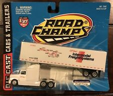 Road Champs CP Rail Intermodal Freight Systems Die-Cast & Plastic 1:87 Scale!