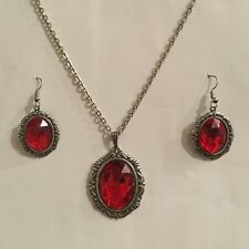 VICTORIAN STYLE NEW RICH RED ACR CRYSTAL SILVER PLATED OVAL PENDANT EARRINGS SET