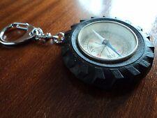 MICHELIN porte clé de collection Bibendum pneu avec boussole année 60 rare!