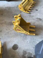 New Caterpillar 301 Mini Excavator 12 Digging Bucket Emaq Teran 12 Inch Cat New