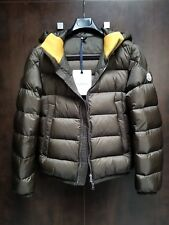 MONCLER Men's Clamart Puffer Jacket / Size: 1, Color: Military Green - NICE!