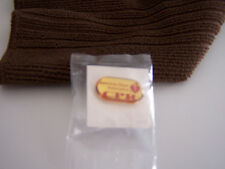 AMERICAN HEART ASSOCIATION PIN, C.P.R.  VINTAGE !!  OVAL RED/ GOLD , NEW !!!!